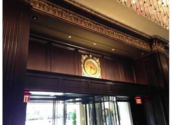 Rosewood Hotel Georgia : Clock on Elevator in Lobby