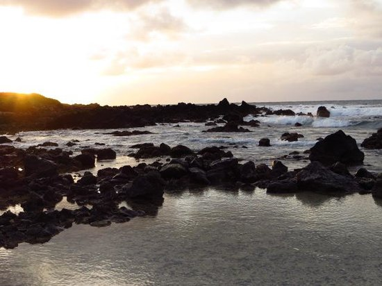 Oahu Photography Tours: Sandy Beach at sunrise
