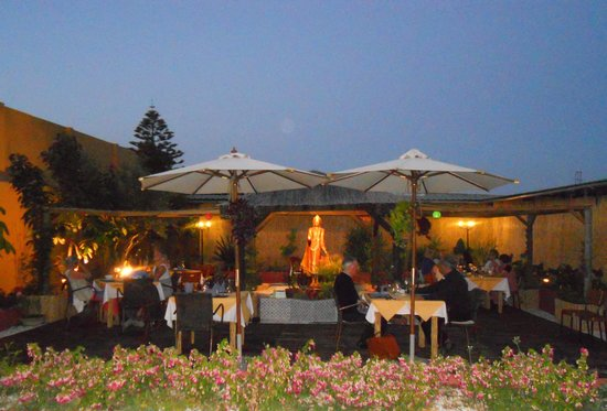 Si Siam Thai Restaurant: garden