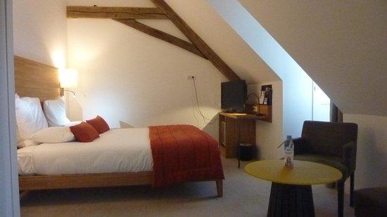 Mercure Poitiers Centre Hotel : chambre