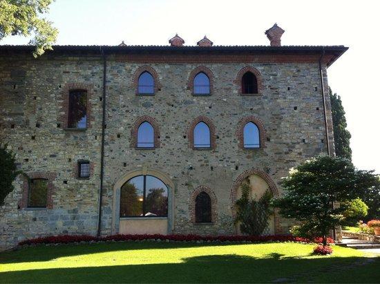Hotel Castello Di Casiglio: Esterno delle camere