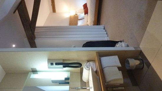 Mercure Poitiers Centre Hotel : salle de bain