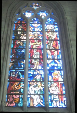 Saint Martin's Cathedral: Grand stained glass