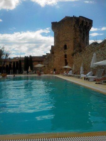Aquabella Hotel: piscine