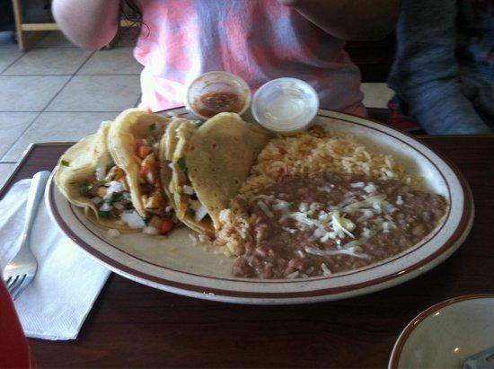 Guadalajara Grill: Fish taco plate
