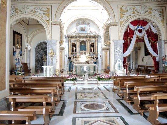 Hotel Dell'Arpa : Papal Santo Maria del Deposito Sanctuary