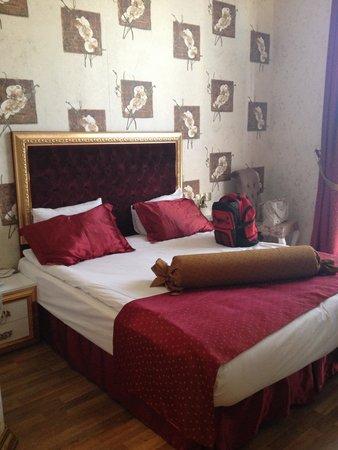 Hotel Soliman: Double bedroom, 4th floor