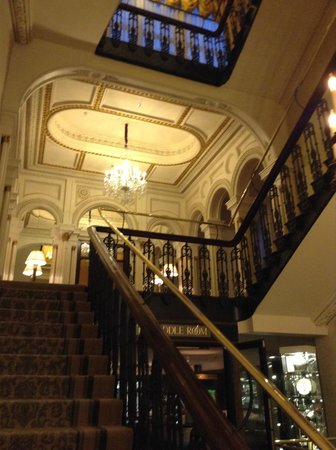 The Shelbourne Dublin, A Renaissance Hotel : Grand Stairs (they have lifts too)