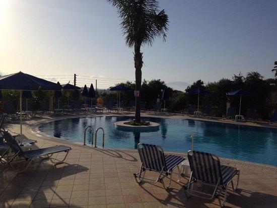 Zante Star: Evening pool view
