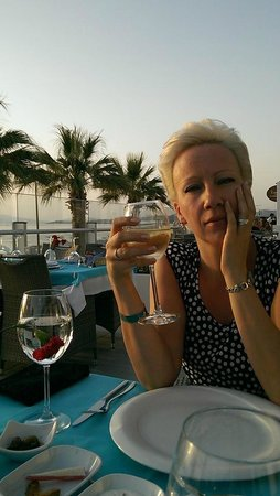 Palm Wings Beach Resort: Ужин в ресторане аля-карт.