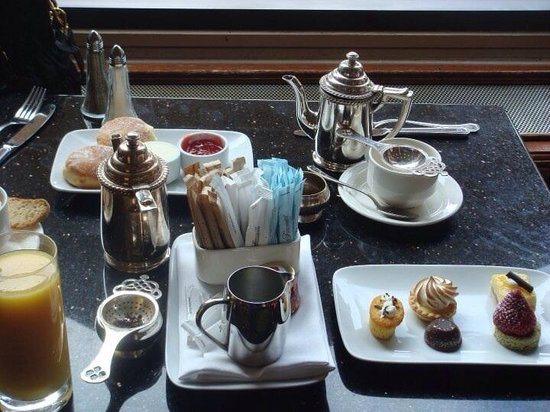 Fairmont Chateau Lake Louise: Breakfast