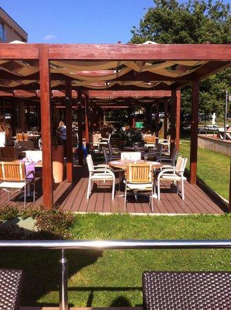 TUI Sensimar Medulin: outside dining