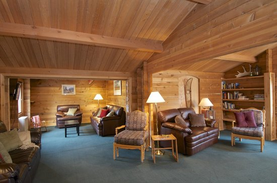 Denali Cabins: Lounge & Learn