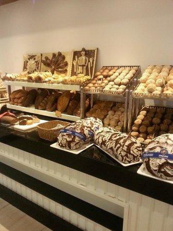 Paloma Oceana Resort: le pain du petit déjeuner