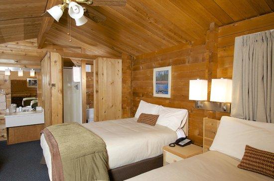Denali Cabins: Double Cabin