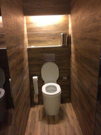 Room Mate Pau: Very modern