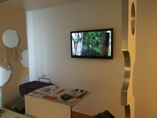Room Mate Pau: .