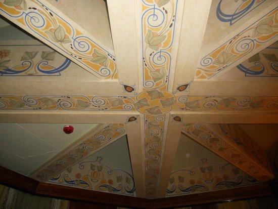 Hotel Bristol Vienna: Room ceiling