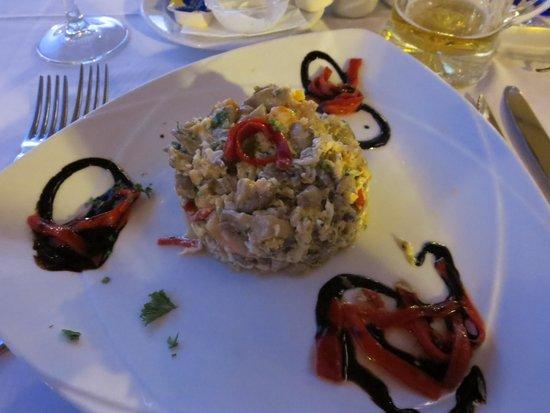 Roma: Prawn and avocado