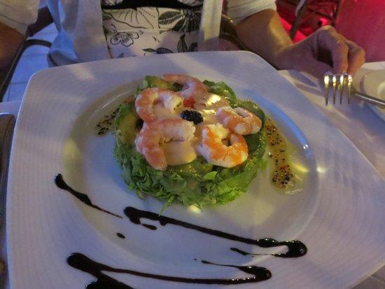 Roma: Scrambled egg, mushrooms and prawns