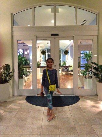Hotel Indigo Sarasota: Front