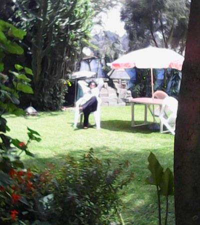 Yeka Guest House: Beer Garden/ eating out option.