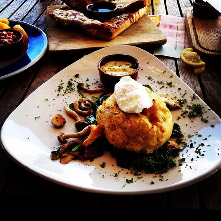 Devon Cliffs Holiday Park - Haven: Bubble and Squeak on a bed if spinach and mushrooms from the Beach Cafe