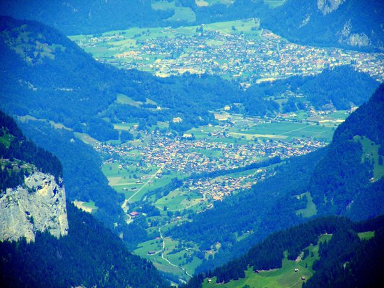 Jungfrau: Interlaken & Wilderswil from the top
