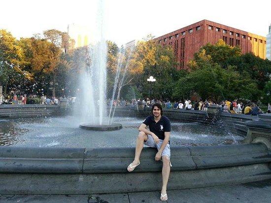 Washington Square Park: Fuente central de la plaza