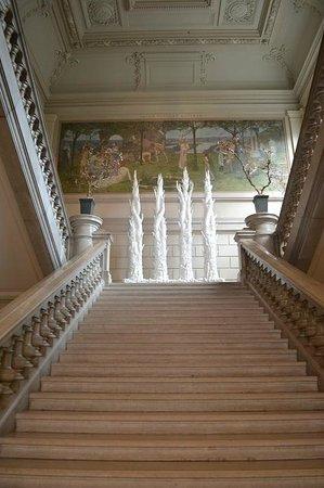 Musée des Beaux-Arts de Rouen : Stairs inside the museum