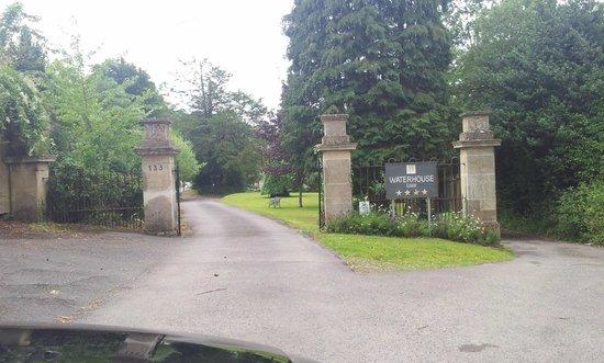 Waterhouse: Entrance gate