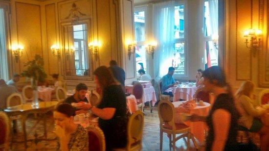 Hotel Bristol Palace : La salle du petit déjeuner