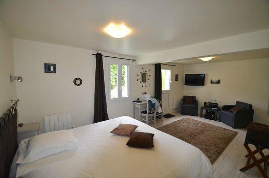 hotel le clos fleuri le palais frankrijk foto 39 s. Black Bedroom Furniture Sets. Home Design Ideas