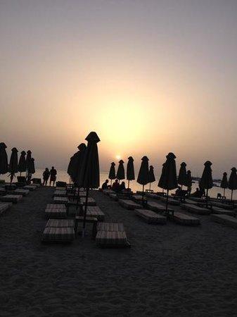 Balux Cafe: Sun set