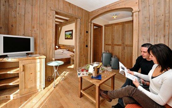 Hotel Touring: suite legno antico