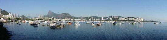 Hotelinho Urca : Панорама сразу при выходе из гостевого дома