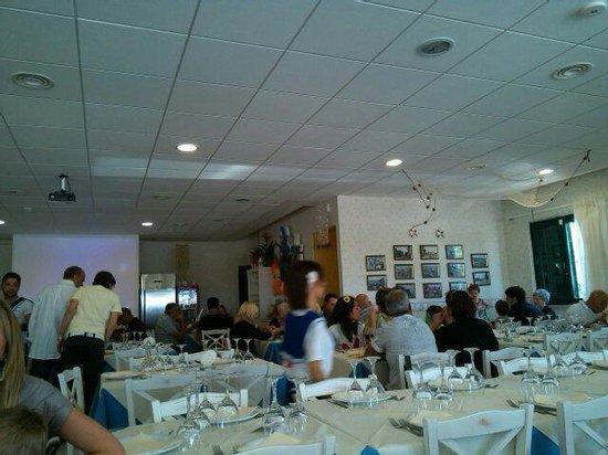 Anzio, İtalya: Entrata del ristorante le delizie del mare molto accogliente