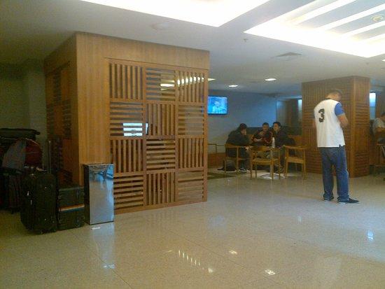 Hotel Granada: Loby