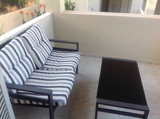 Elounda Garden Suites : Patio