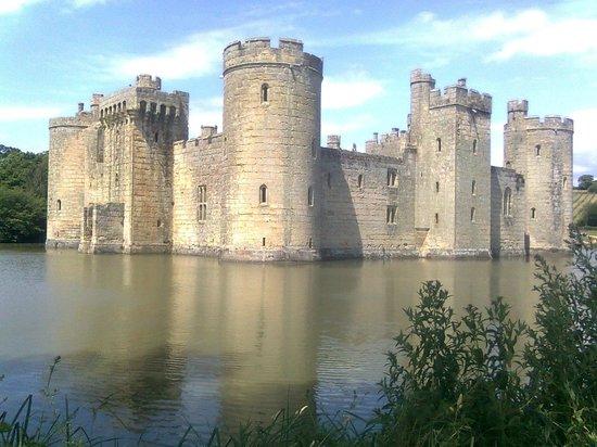 bodiam castle kent
