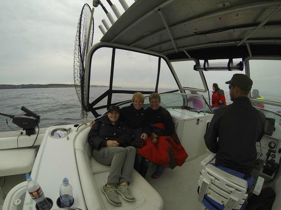 Outer Island Expeditions : The Ladies bundled up...