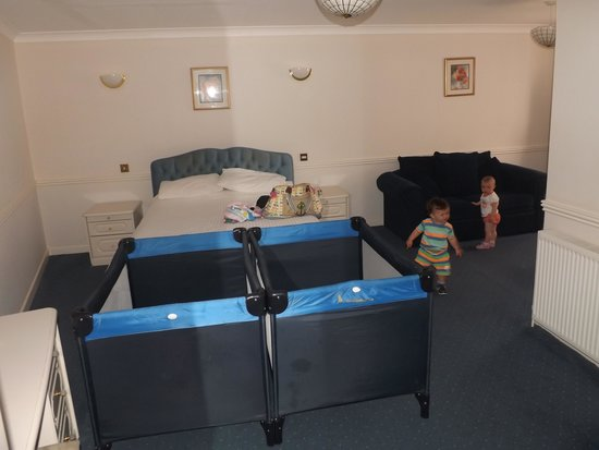 Durley Grange Hotel: room 122.......lovely and spacious