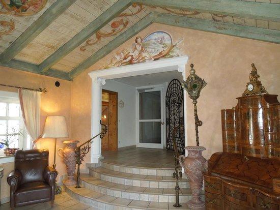 Hotel Edelweiss: Inside the hotel