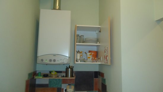 Pension VITIS: Small kitchen and water gas boiler