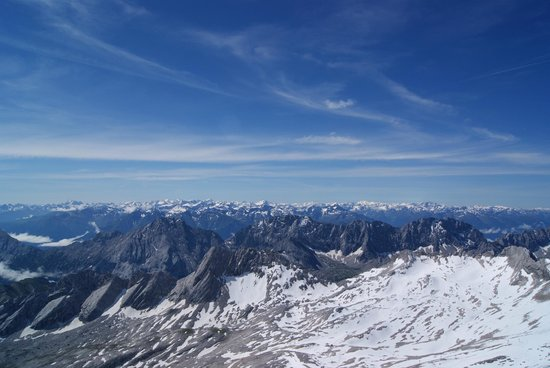 Zugspitze : View to the south - Austria and Italy