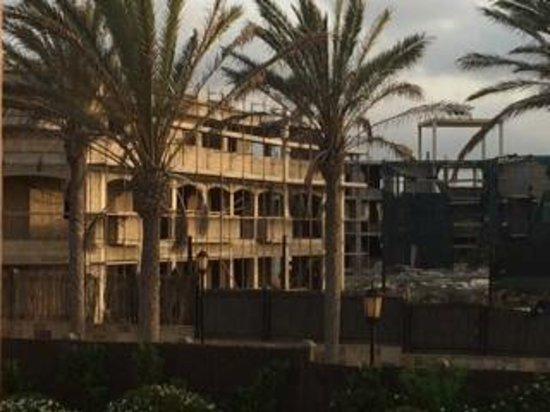 Gran Hotel Atlantis Bahia Real: alrededores del hotel