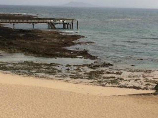 Gran Hotel Atlantis Bahia Real: playa del hotel