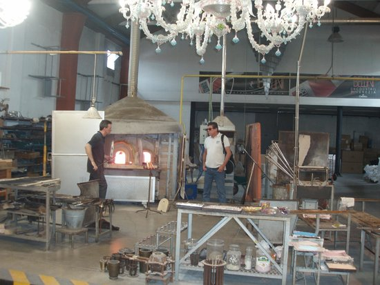 Vecchia Murano : glass blowing