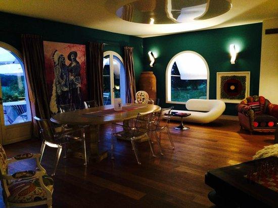 Chambres & Suites Arguibel : salon
