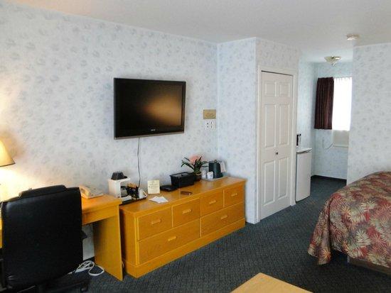 Heritage Inn: Room